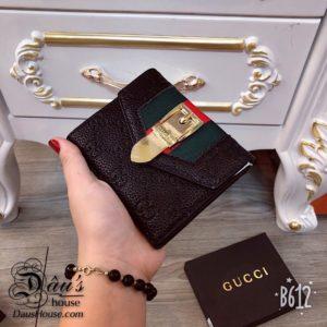 Vi cam tay ngan Gucci Den - G021 (1)